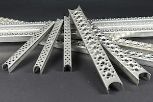 Leitersprossen mit rutschhemmender Oberfläche