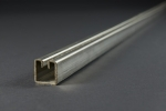 Einfassprofil für Wellengitter, Typ 2, Stahl sendzimirverz. 3000 × 30 × 30 mm, Schlitzbreite 5,7 mm